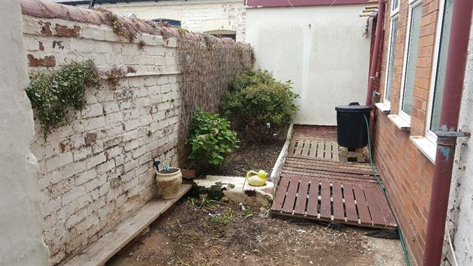 Private garden area for flat 8